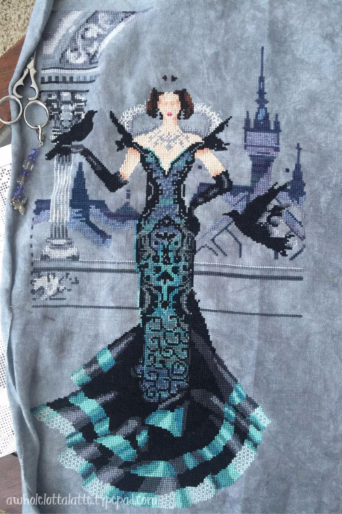 Raven Queen | Mirabilia #crossstitch #mirabilia #ravenqueen #needlework